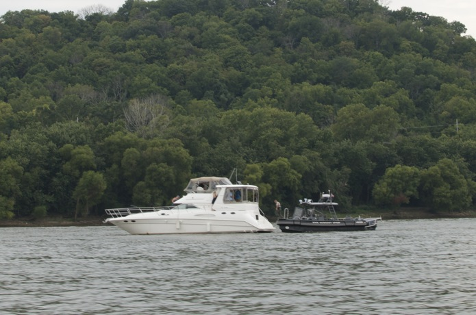 Boatin' the Ohio River_12