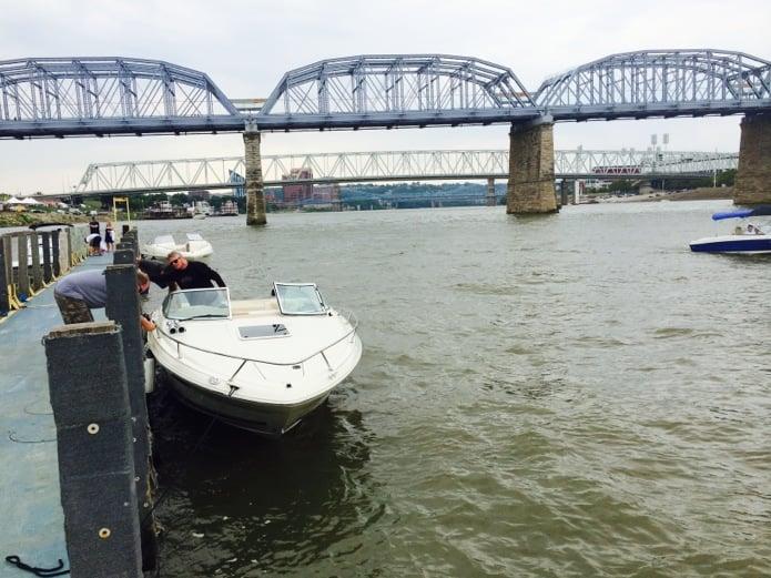 Ohio River_Hooters Dock